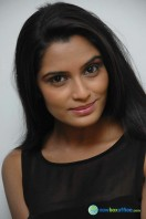 Sangeetha Bhat Photos