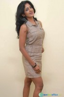 Yagna Shetty New Photos