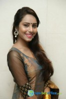Kenisha Chandran Photos