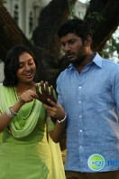 Naan Sigappu Manithan New Gallery