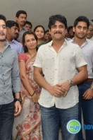 Nagarjuna Family at Sai Baba Temple (16)