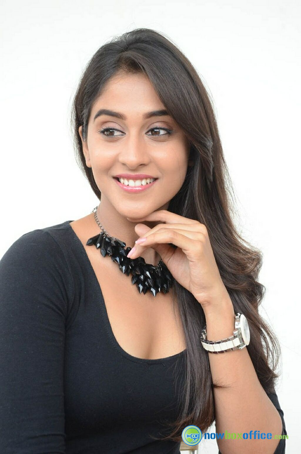 gallery regina cassandra new images 53 nowboxoffice