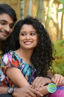 Pora Pove Movie Gallery