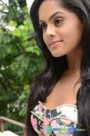 Karthika Nair Latest Stills (16)