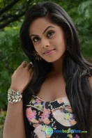 Karthika Nair Latest Stills (19)