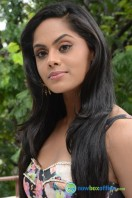 Karthika Nair Latest Stills (23)