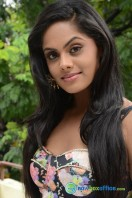 Karthika Nair Latest Stills (24)