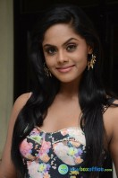 Karthika Nair Latest Stills (27)