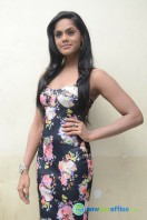 Karthika Nair Latest Stills (33)