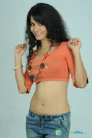 Ritu Sachdev Photos in Boom Boom (9)