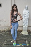 Rhea Chakraborty New Photos (12)