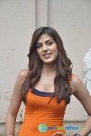 Rhea Chakraborty New Photos (7)