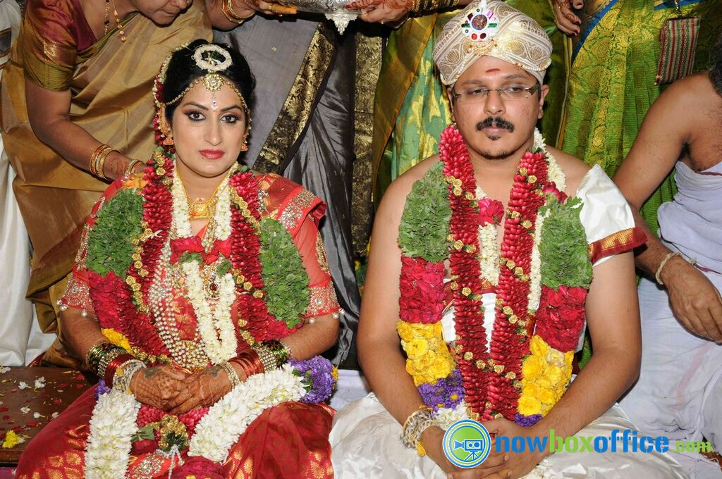 Roopa Iyer And Gowtham Srivathsa Marriage Photos Roopa