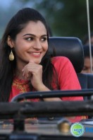 Aranmanai New Photos (16)