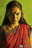 Aranmanai New Photos (2)