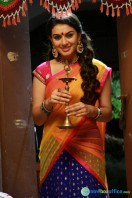Aranmanai New Photos (23)