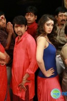 Aranmanai New Photos (32)