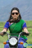 Aranmanai New Photos (8)