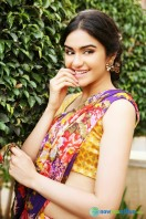 Adah Sharma Saree Photoshoot (3)