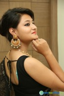 Niloufer in black saree photos (11)