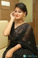Niloufer in black saree photos (21)