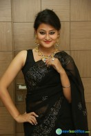 Niloufer in black saree photos (27)