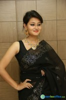 Niloufer in black saree photos (3)