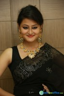 Niloufer in black saree photos (30)