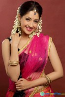Actress Gurleen Chopra Photo Shoot (10)