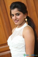 Keerthana Podwal New Photos (12)