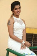Keerthana Podwal New Photos (4)