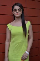 Neetu Chandra at Thilagar Team Interview (8)