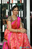 Akanksha at Bridal Dream Make Up Work (13)