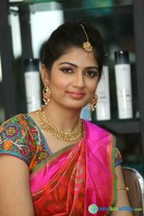 Akanksha at Bridal Dream Make Up Work (16)