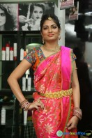 Akanksha at Bridal Dream Make Up Work (2)