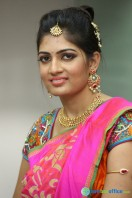 Akanksha at Bridal Dream Make Up Work (26)