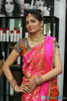 Akanksha at Bridal Dream Make Up Work (3)