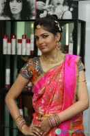 Akanksha at Bridal Dream Make Up Work (4)