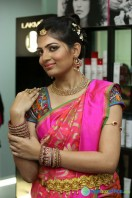 Akanksha at Bridal Dream Make Up Work (5)