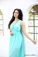 Meenakshi Dixit New Photoshoot (3)