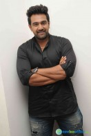 Chiranjeevi Sarja at Aatagara Movie Press Meet (4)