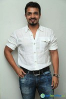 Vijay Raghavendra New Photos (3)