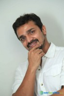 Vijay Raghavendra New Photos (5)
