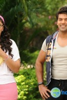 Inji iduppazhagi New Stills