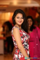 Nilofer at Khwaish Exhibition n Sale Launch (3)