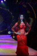 Akanksha Puri at Kerala Fashion League (2)