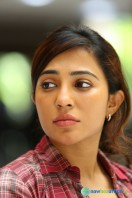 Parvathy in James & Alice (1)