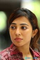 Parvathy in James & Alice (2)