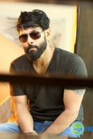 Vikram Latest Stills (15)