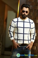 Vikram Latest Stills (24)